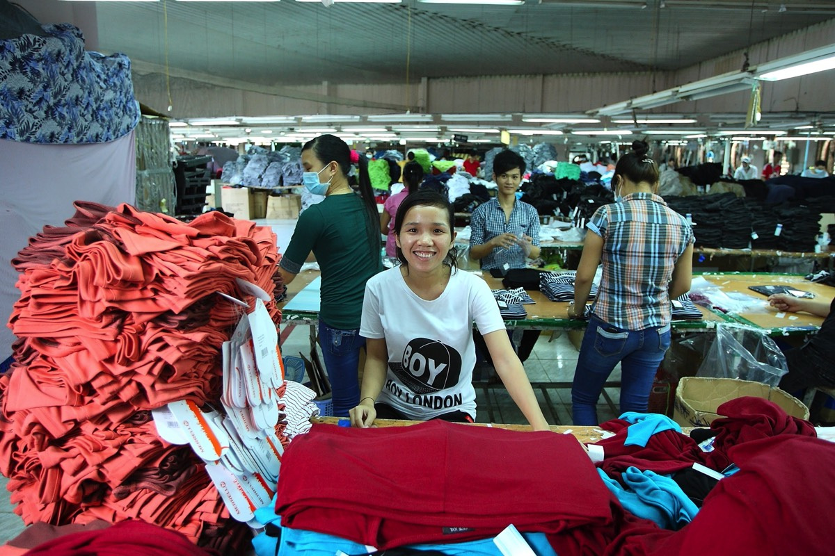 wholesale clothing suppliers vietnam factory
